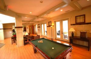 Woodlands of Knoxville clubhouse with billiards table